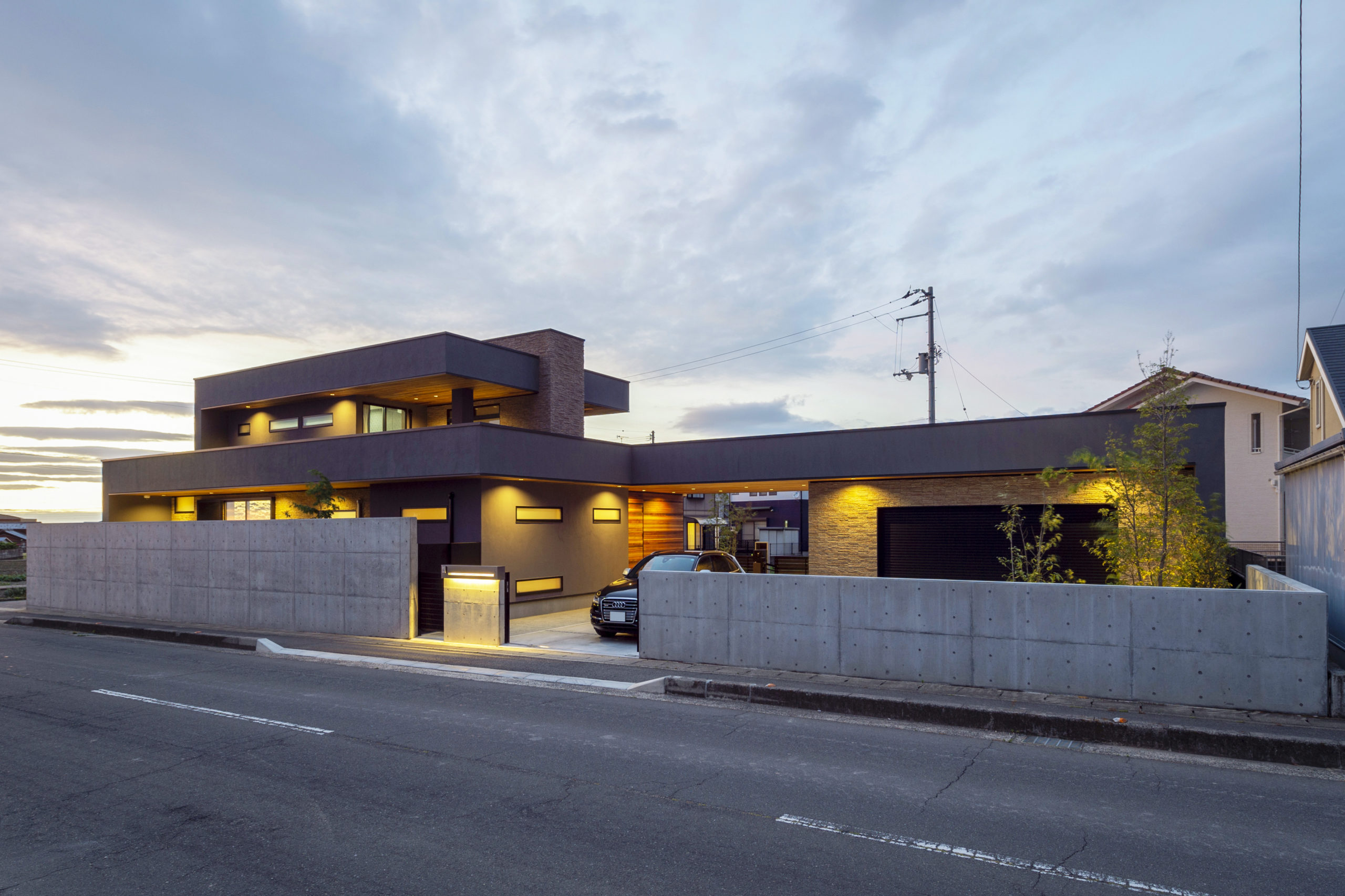 木造 モダニズムハウス
